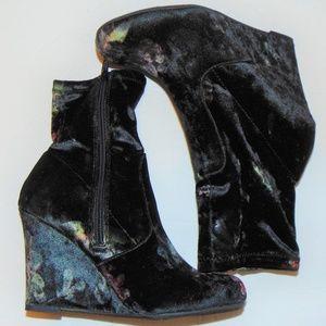 Report Black Velvet Floral Wedge Ankle Boot 6.5